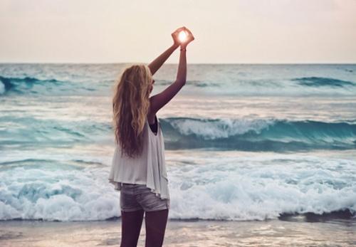 Фото на аву в вк девушка и море
